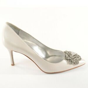Nine West Pearl Stiletto Heel Shoes Point Toe Floral Detail 'NWMAOLISA' Size 5 M