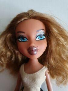 Bratz Doll - Flashback Fever FIANNA with Clothing - FREE POST AUSTRALIA
