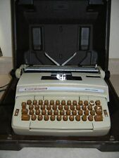 Vintage Smith Corona Deville 6E Electric Typewriter in Case for Parts or Repair