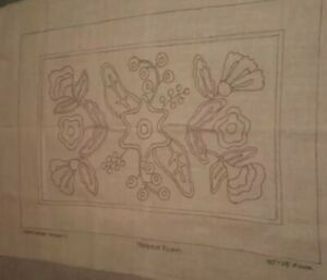 Rug Hooking pattern Primitive Floral new Bleached linen pattern from Cabin Creek