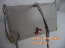 SAC/POCHETTE beau* CUIR*  gris perle  très ELEGANTE- porté épaule décor BIJOU