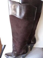 Oscar de la Renta sz 36 brown leather & suede 4 1/4 inch high pull on boots