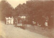 PHOTO NON LOCALISEE CHEVAL AVEC CHARRETTE VERS 1900