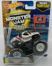 2017 Hot Wheels *MONSTER JAM 25* Monster Mutt Dalmatian Truck *NIP*