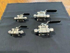 """(2) Swagelok SS-62TS8 , 1/2"""" Tube valves, 2200 psi.(2) swagelok 3/8  SS- 62TS6"""
