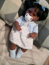 Babypuppe von Arias mit Kleidungu. SCHNULLER , Puppe Lacht,Modul funktioniert