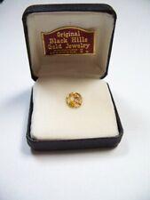 Black Hills Gold Grape and Leaf Tie Tack Original Case Deadwood South Dakota NR