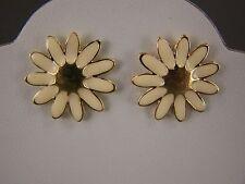 """Cream enamel Gold tone daisy flower floral stud post earrings 7/8"""" wide"""