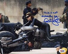 ANNE HATHAWAY SIGNED PHOTO.  8X10. PSA/DSA#:AD11437