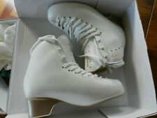 Brand new Edea Concerto 245 ivory ice skates
