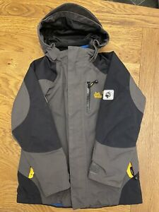 boys jack wolfskin jacket Size 116