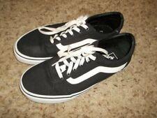 Excellent VANS Black Canvas Sneakers SIze 9 1/2 M