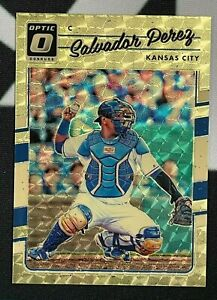2017 Donruss Optic Baseball GOLD VINYL 1/1 #105 SALVADOR PEREZ Royals