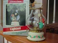 HALLMARK CHRIS MOUSE Cookout 1989 ORNAMENT OIL LAMP Lights Up Marshmallow w box