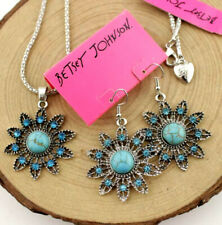 Set Betsey Johnson Jewelry Pendant Hollow Sun Flower Turquoise Necklace Earrings