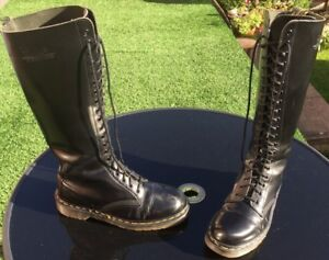 Vintage Dr Martens 1420 black smooth leather boots UK 7 EU 41 Made in England