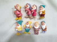 """Vintage DISNEY 7 Dwarfs 1993 Lot of 8 Pcs Figures 2.5"""" !"""