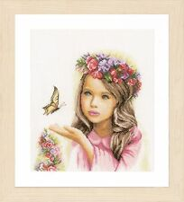 Angel with Butterflies (Linen) :  Lanarte Counted Cross Stitch Kit - PN0164072
