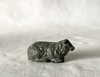 Vintage Britains Era Painted Lead Farm Toy Animal Laying Down Sheep #ELF8