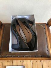 Carvela patente Mid Heels Talla 5, usado sólo durante 3 horas