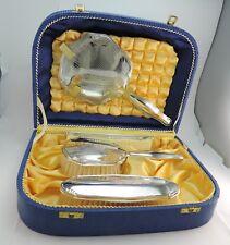 Vintage Knapp Koffer mit Bürstenset 835er Silber