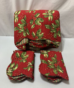 """Christmas Queen Quilt Set Holly Berries Shams Stripe Quilted Red Green 90""""x88"""""""