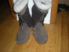 Bearpaw Brown Suede Boots with Fur and Tassels - Size 7M