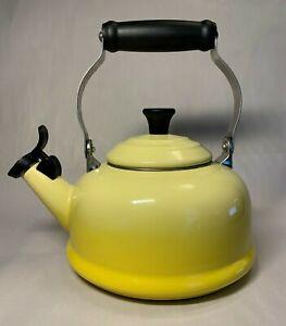 Le Creuset SOLIEL Yellow Hombre Whistling Tea Kettle Enameled Steel 1.7 Quart