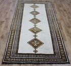 Hand Knotted Persian Shiraz rug, very hard wearing rug 220 x 110 cm