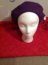 Chic quality, New Wool beret , purple, 100 % wool, one size, tags.