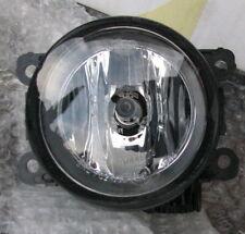 Mitsubishi L200 06-13 Outlander 06-10 Front Fog Spot Lamp Light P/N MZ313326 New