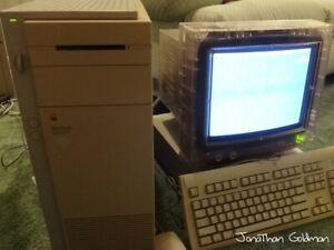Apple Macintosh Quadra 950 68040/33Mhz 256MB RAM 2x 300GB HD Vintage Tower Mac