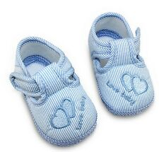 Chausson bleu LOVE BABY coton semelle souple coeur bleu bébé 0-9 mois