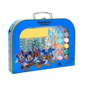 Disney Store Mickey and Friends Painting Art Drawing Set including Carry Case