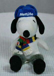 "METLIFE PEANUTS SNOOPY 2014 Stuffed Plush Toy 7"" Winter Themed  W07"