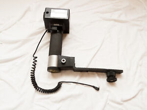 Sunpak Auto  511 Flash Unit With Handle Mount and Cables