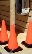 T 00006000 raffic Cones Custom Miniatures (5) 1/24 Scale G Scale Diorama Accessory Items