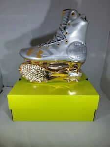 NEW Under Armour Highlight MC LE Football Cleats 3000338-100 SILVER GOLD Sz 8.5