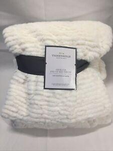 "THRESHOLD Cut Faux Fur Solid Bed Throw 55"" x 80"" Cream New Super Soft"