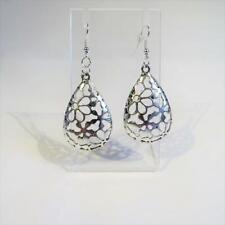- Free Uk P&P Cg4784.Silver Plated Flower Earrings