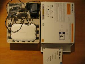 Netgear DG834v3 ADSL2+ modem router