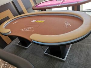 Poker Table -- Fully Customisable