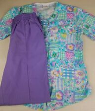 Lot of 2 Cute Flowers Hearts Patch Pattern Button Up Scrub Top & Lilac Pants Xs
