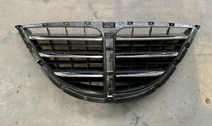 Ssangyong Stavic 2005 front grille