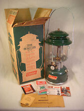 COLEMAN LANTERN VINTAGE 220F 195 GREEN MANTLE ORIGINAL BOX SNAP ON BASE EXTRAS