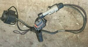 06-10 Pontiac Solstice Fog Light Bulb Holder Socket Wire Harness Left or Right