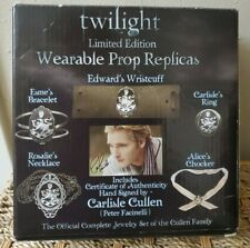 Twilight Limited Edition Cullen Family Jewelry Set Wearable Prop Replicas NECA