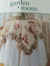 Waverly Vintage Rose Table Topper New