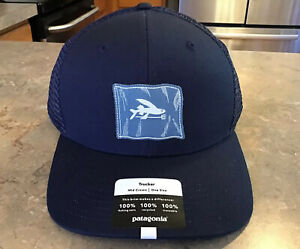 Patagonia Fly The Flag Label Truker Hat Cap Flying Fish NWT Navy Box Ship 🏴☠️