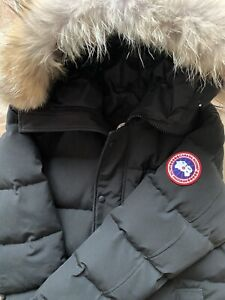 Canada Goose Arctic Parka Herren - schwarz / Gr. L -
